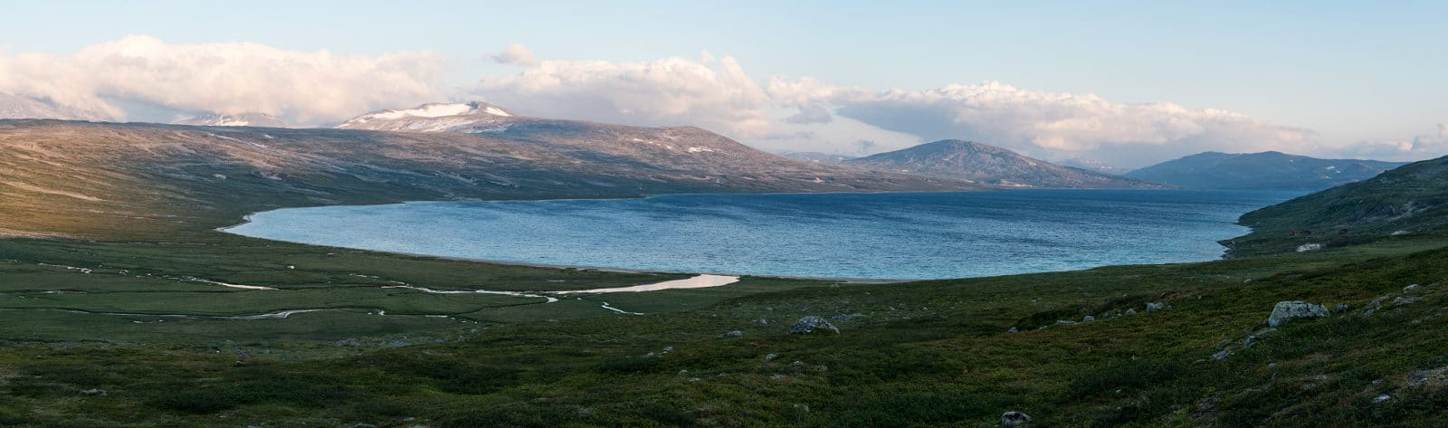 Panorama of Nordre Bjøllåvatnet