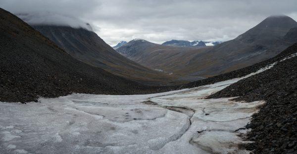 View into Sarvesvágge; Luohttoláhko and Pårte mountains in the background