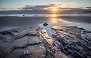 Moeraki sunrise without boulders