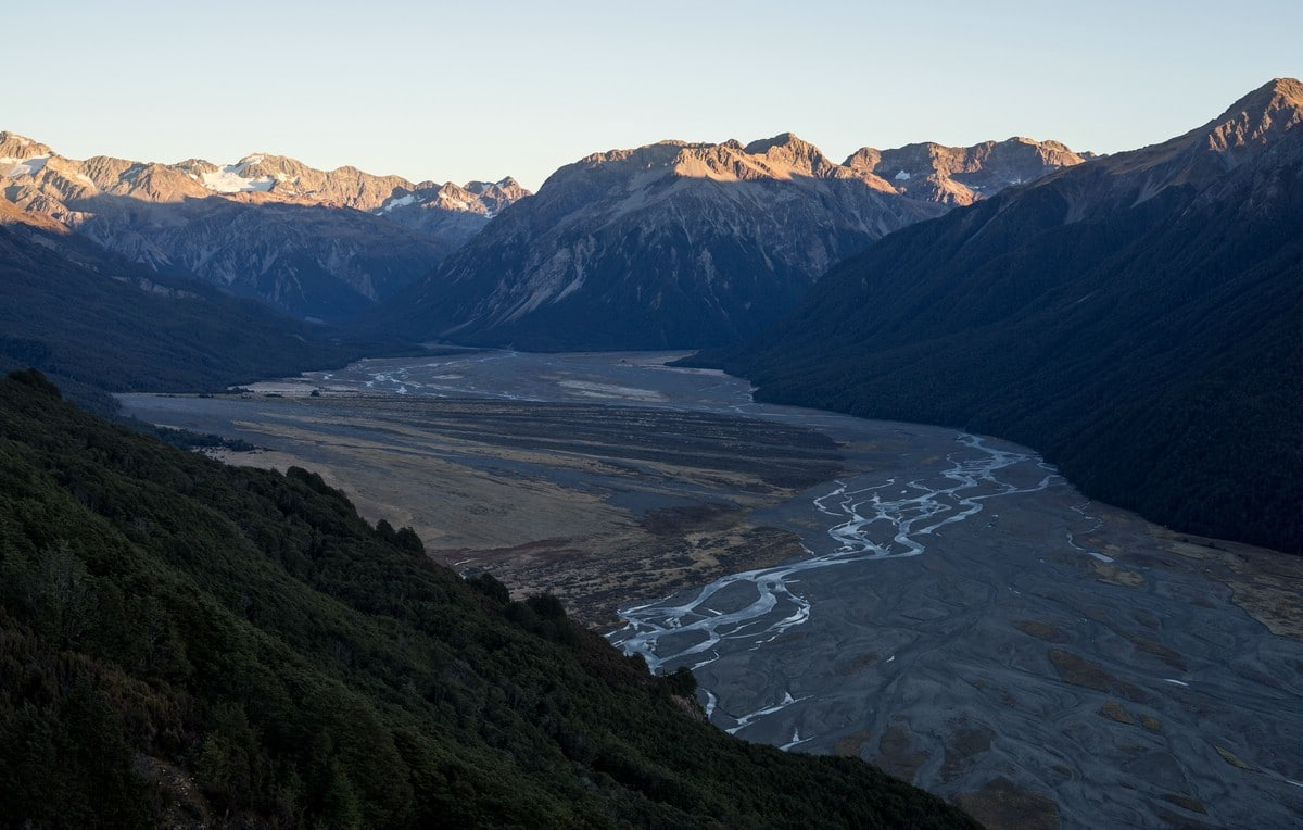 Waimakariri river valley (Arthur's Pass)